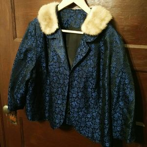 Vintage Fur Collar Cropped Jacket